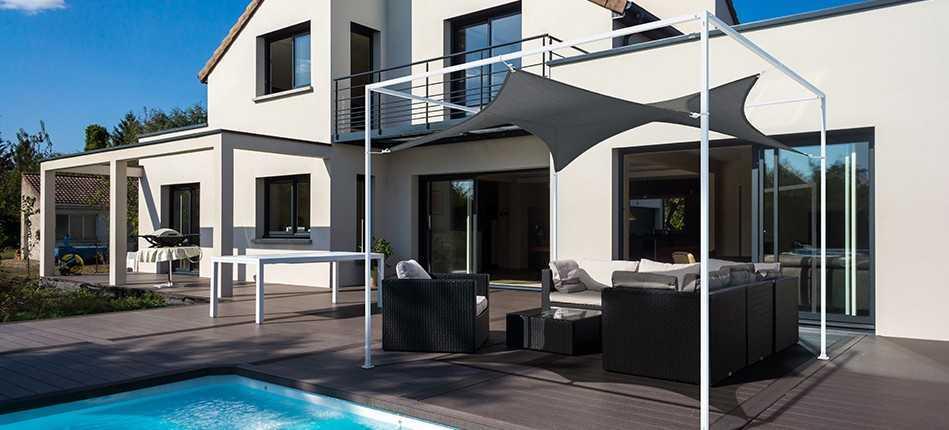 Quelle solution pour ombrager une terrasse en plein soleil ?